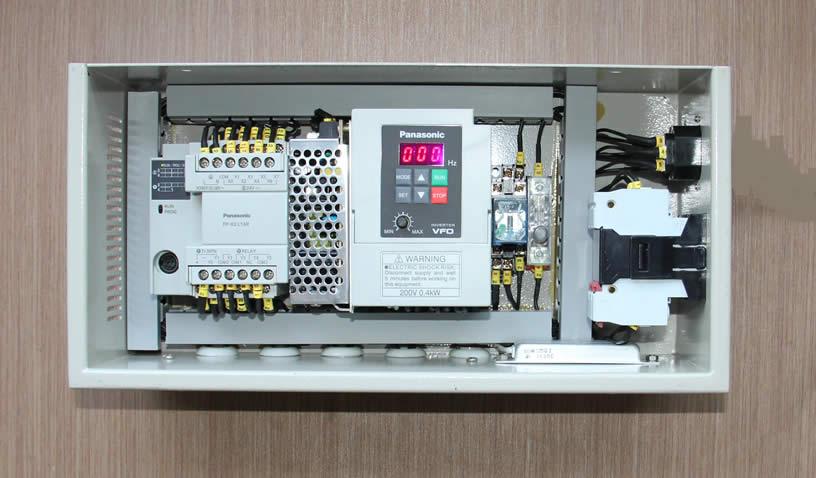 RY3808水晶门控制系统